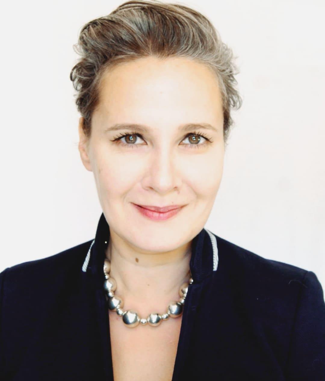 Elena Egorova - Trener Głosu, Wokalistka, Autorka Emisji Głosu EGOsing, cLogopeda, Coach.
